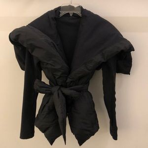 Lululemon black down jacket, sz 4, 66932